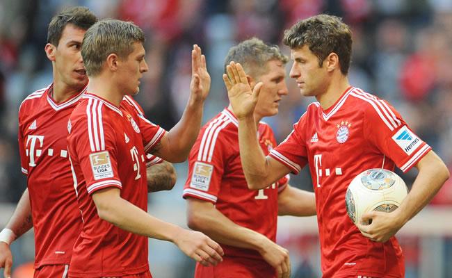Bayern a un paso del título y Dortmund y Schalke en el derbi del Ruhr. Foto: EFE