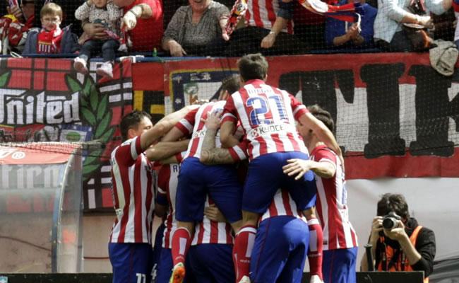 El Atlético aguanta el liderato con mucho sufrimiento. Foto: EFE