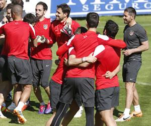 """Simeone: """"Humildad, esfuerzo, corazón, trabajo y contragolpe"""""""