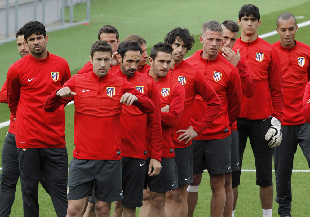 El Atlético de Simeone desafía al Chelsea y Mourinho en un duelo apasionante