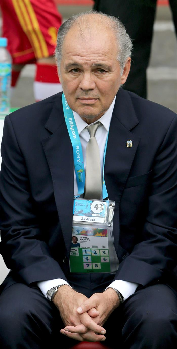 Argentina's coach Alejandro Sabella prior the FIFA World Cup 2014 group F. EFE