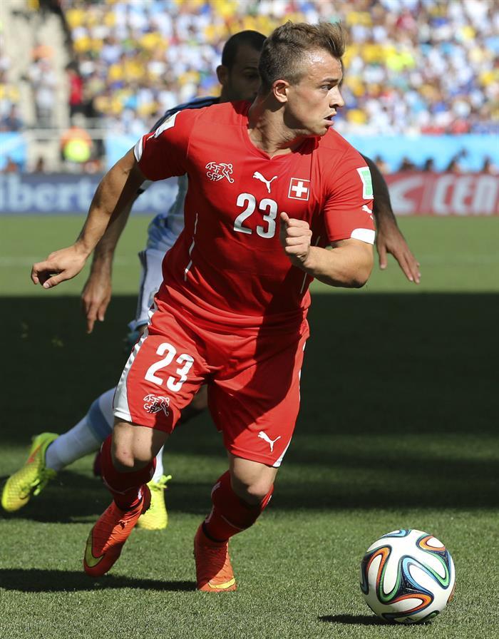 El centrocampista suizo Xherdan Shaqiri, durante el partido Argentina-Suiza, de octavos de final. EFE