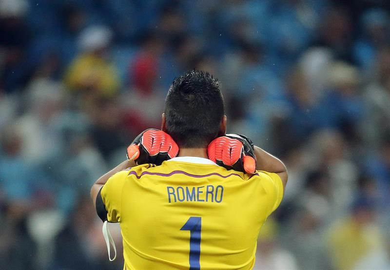 Goalkeeper Sergio Romero of Argentina reacts during the FIFA World Cup 2014 semi final. EFE