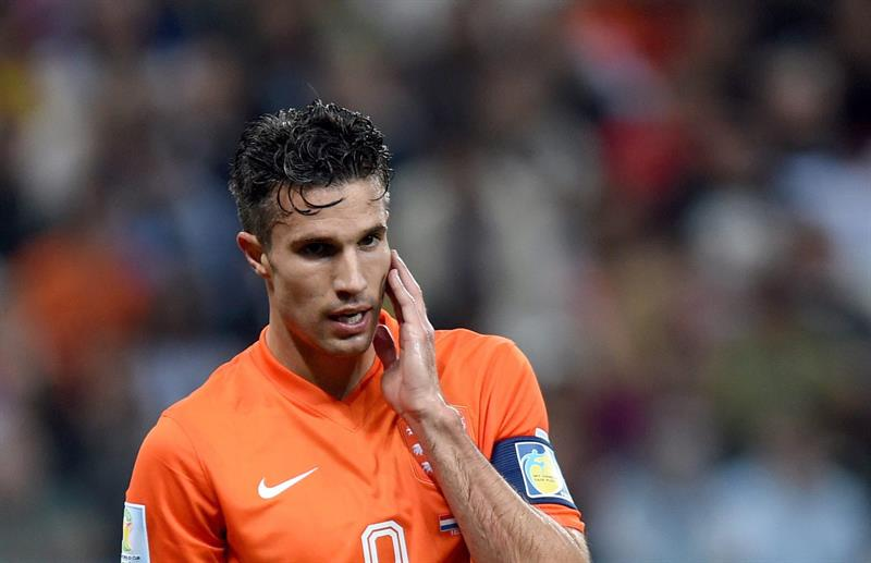 Robin van Persie of the Netherlands reacts during the FIFA World Cup 2014. EFE