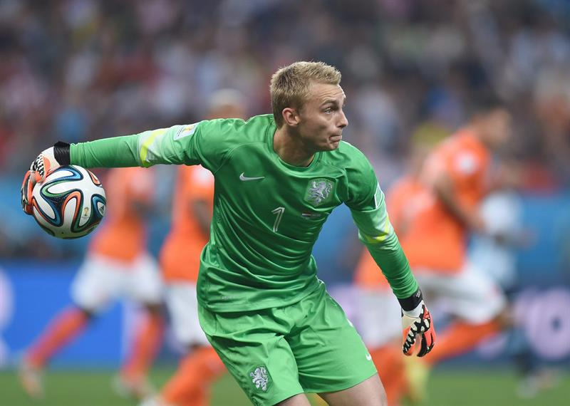 Goalkeeper Jasper Cillessen of the Netherlands in action during the FIFA World Cup 2014. EFE