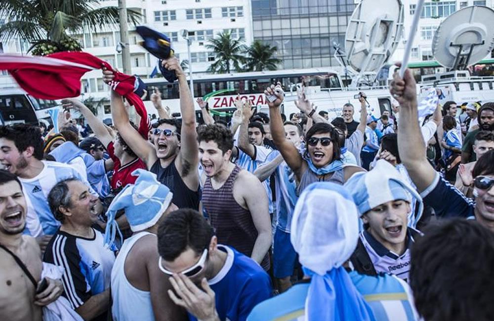 """Argentina festeja subcampeonato con loas a la entrega de sus """"guerreros"""". Foto: EFE"""