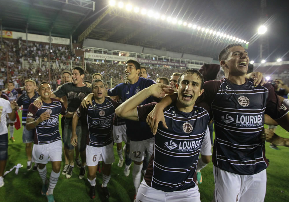 Lanús quiere entrar a la Lista de la Recopa Sudamericana. EFE