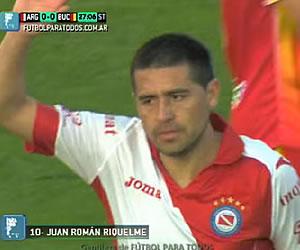 El gol de Riquelme en su estreno con Argentinos Jrs