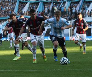 River y Boca lograron sendos triunfos, Racing y Vélez se ubicaron líderes