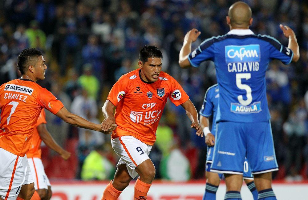 Millonarios fue derrotado por César Vallejo de Perú ante su propio público. Foto: EFE