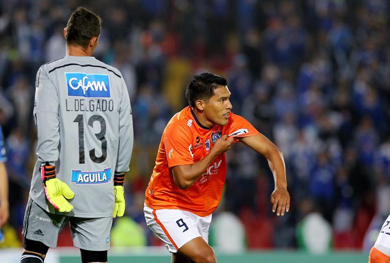César Vallejo ganó un doblete de Pando, Uribe descontó para Millonarios. Foto: EFE