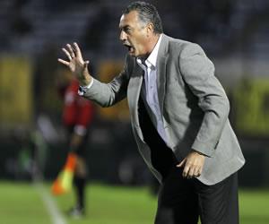 Alfaro es el nuevo DT de Tigre