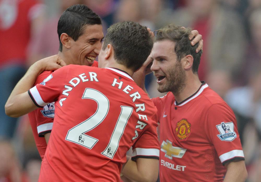Di María lidera al United; Herrera y Mata marcan y Falcao debuta. EFE