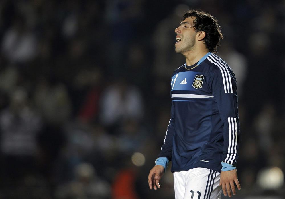 Gerardo Martino amplía el suspense por la vuelta de Carlos Tevez a la selección. Foto: EFE
