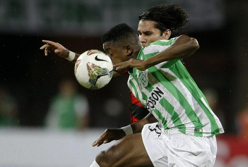 Galería del empate entre Nacional y Vitória