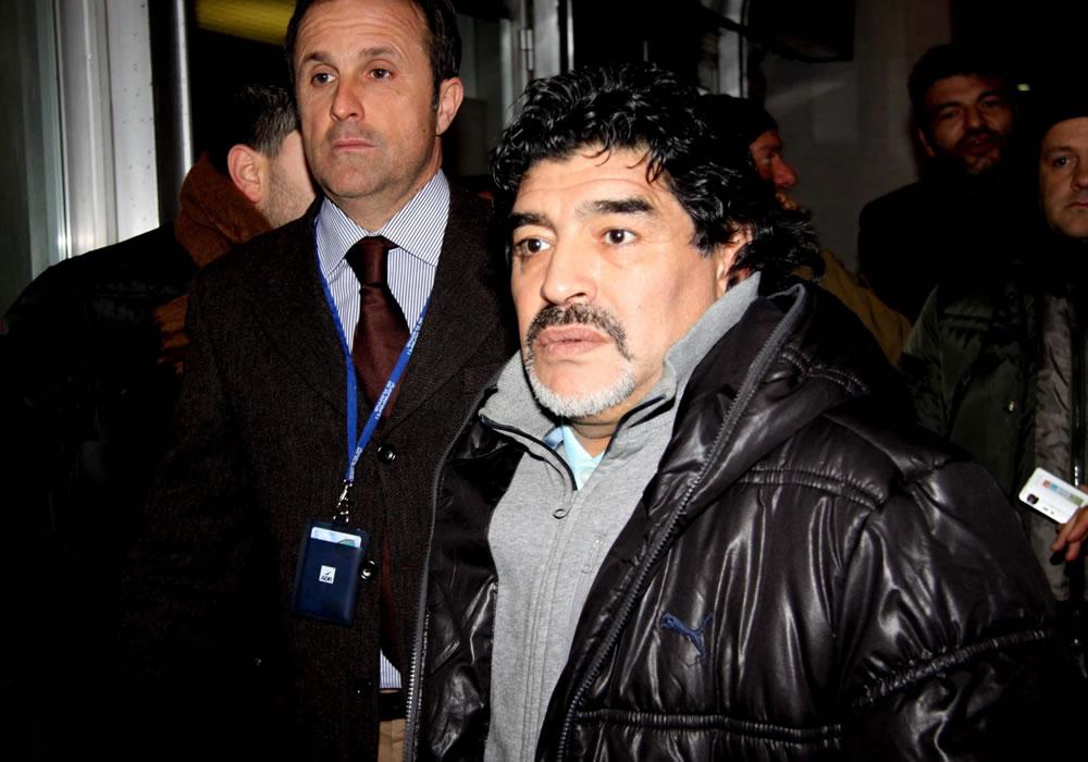 Diego Maradona regresa a Argentina porque su padre fue hospitalizado. Foto: EFE