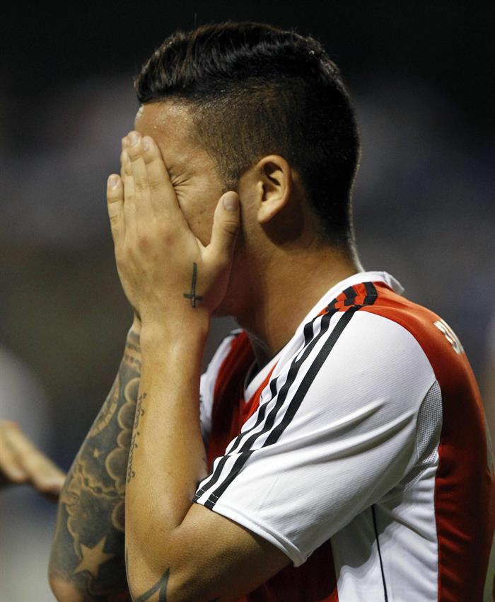 El jugador del River Plate Sebastian Grissi celebra después de anotar un gol ante Libertad. Foto: EFE
