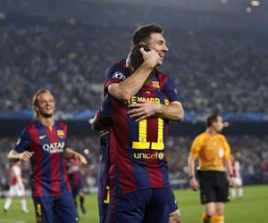 De la mano de Messi el Barça sentenció ante el Ajax