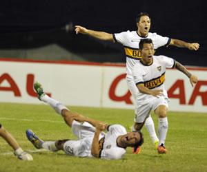 La tanda de penaltis coloca a Boca en los cuartos