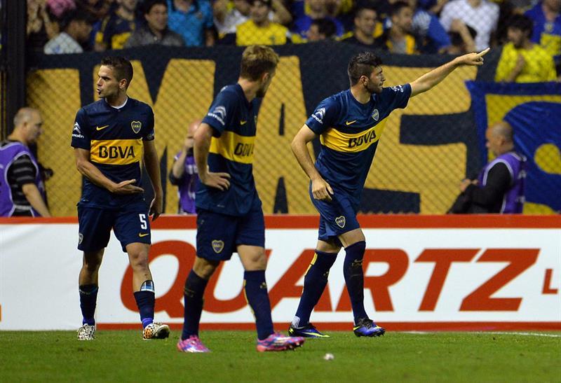 El jugador de Boca Juniors Emmanuel Gigliotti celebra después de anotar un gol ante Cerro Porteño. Foto: EFE