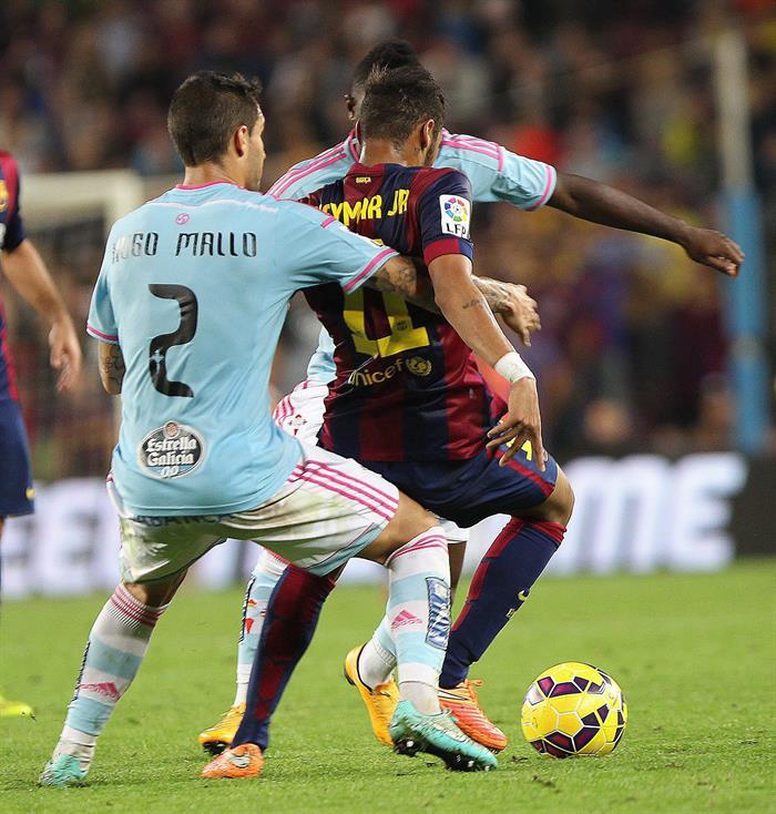 Larrivey, Sergio y los palos dejan al Barça sin liderato. EFE