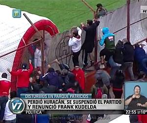 Perdió Huracán, se suspendió el partido y Kudelka renunció