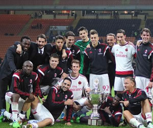 El Milan de Pablo Armero derrotó al San Lorenzo de Mario Yepes