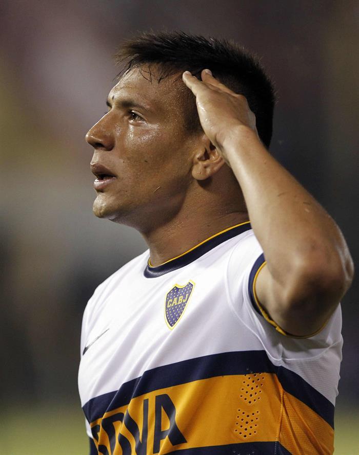 El jugador de Boca Juniors Andrés Eliseo Chávez celebra después de anotar un gol ante Cerro Porteño. Foto: EFE