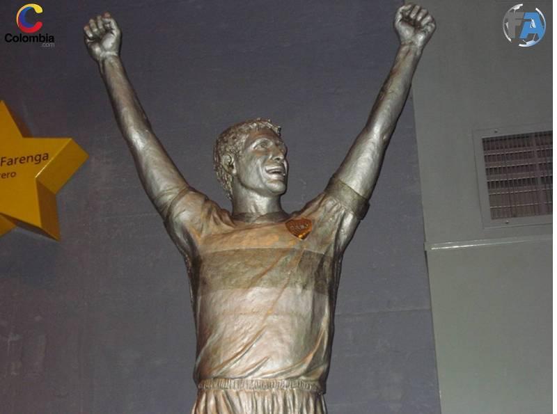 Estatua de Martín Palermo. Foto: Colombia.com.