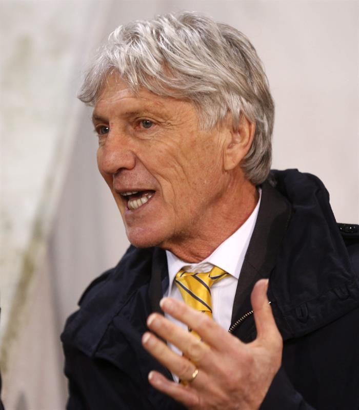 El entrenador colombiano José Pekerman durante un partido de fútbol amistoso entre Colombia y Eslovenia. Foto: EFE