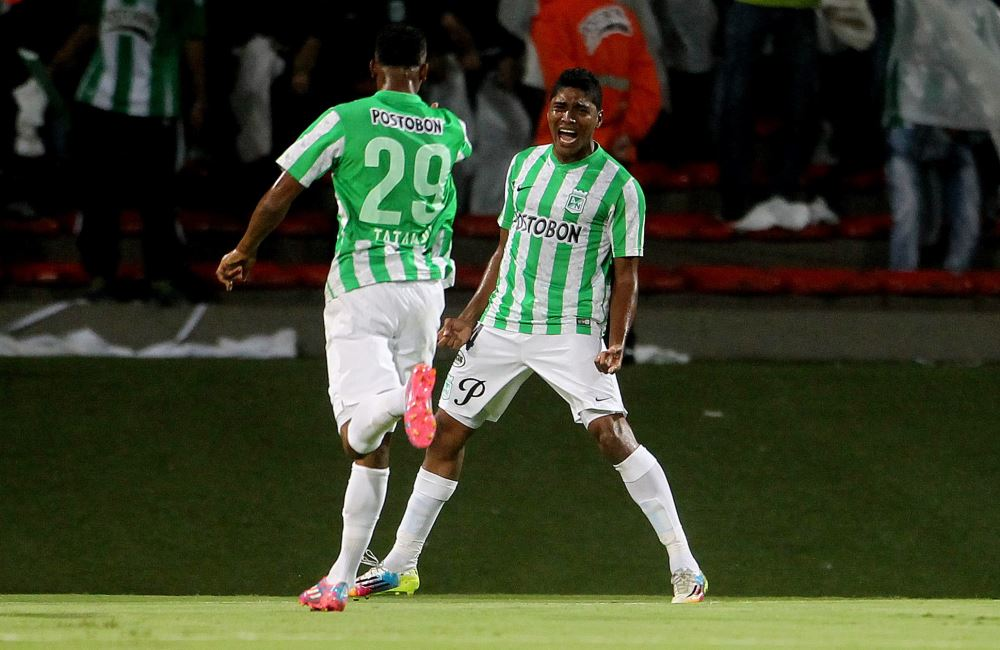 Nacional empezó ganado ante São Paulo