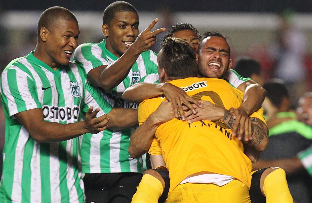 Nacional cayó 1-0 ante São Paulo en Brasil, pero le ganó 4-1 en los penaltis. Foto: EFE