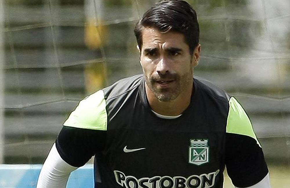 El jugador del equipo colombiano Atlético Nacional Juan Pablo Ángel. Foto: EFE