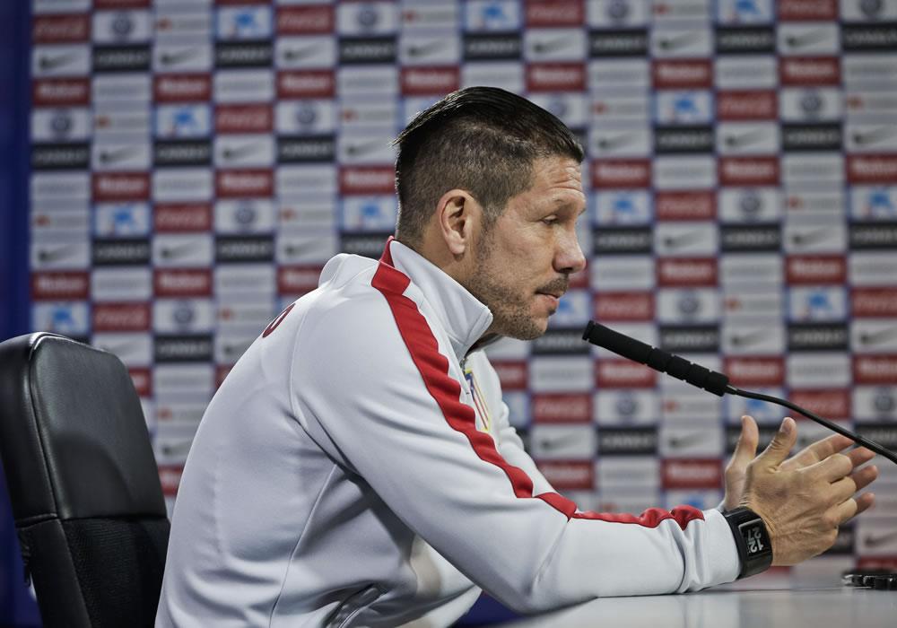 El técnico del Atlético de Madrid, Diego Pablo Simeone, en rueda de prensa. Foto: EFE