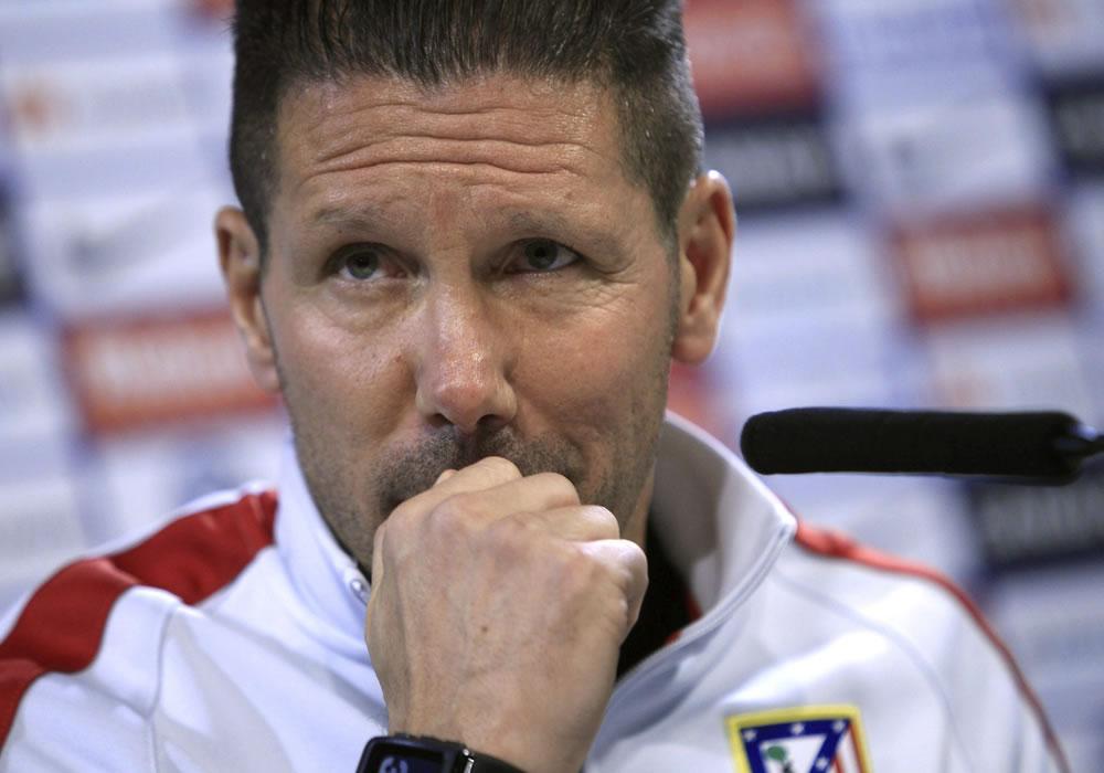 El entrenador del Atlético de Madrid, el argentino Diego Simeone, durante la rueda de prensa. Foto: EFE