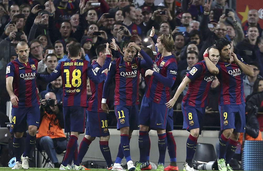 Barcelona examina la progresión del Deportivo, invicto e imbatido en 2015. Foto: EFE
