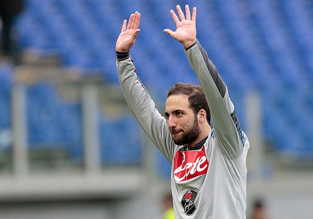 Napoli's Gonzalo Higuain celebrates after the Italian Serie A soccer match between SS Lazio. Foto: EFE