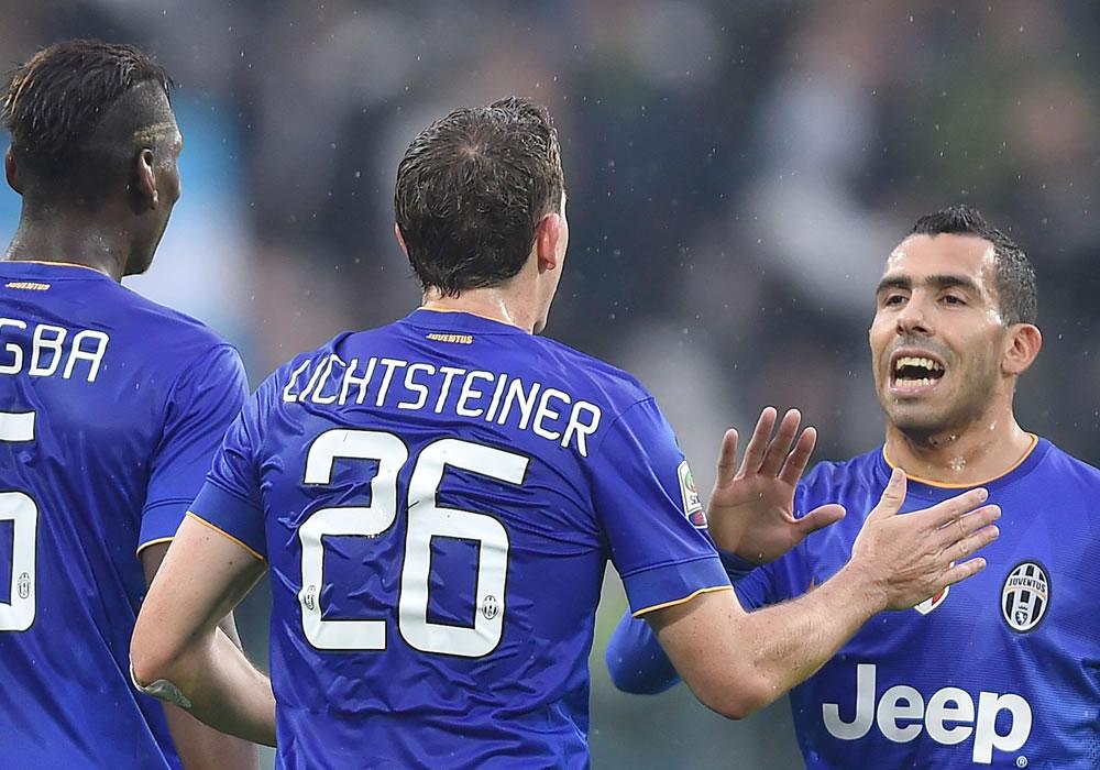 Carlos Tevez y la Juventus a una victoria contra el Udinese para la escapada definitiva. Foto: EFE