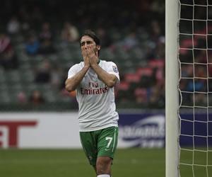 Raúl debuta con el Cosmos en Hong Kong con un gol en la tanda de penaltis