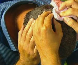 Gustavo Alfaro fue herido por un hincha de Rosario Central