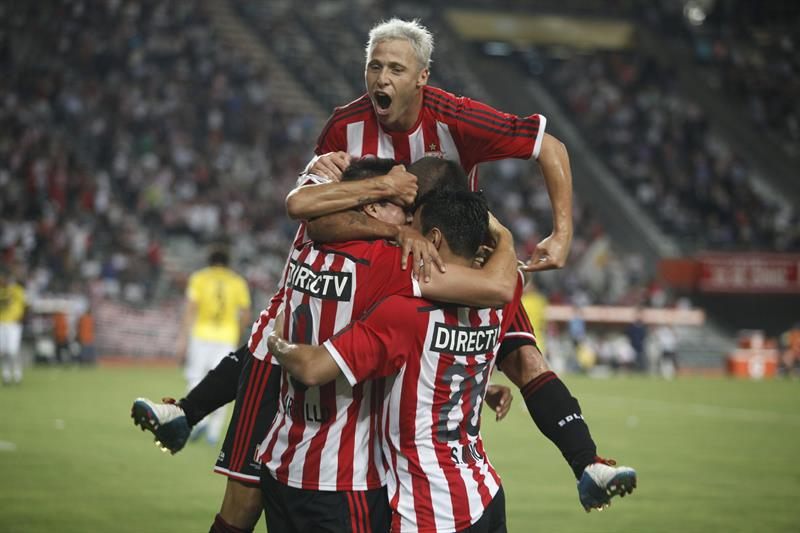 Estudiantes empezó con todo el Grupo de la Copa Libertadores. EFE