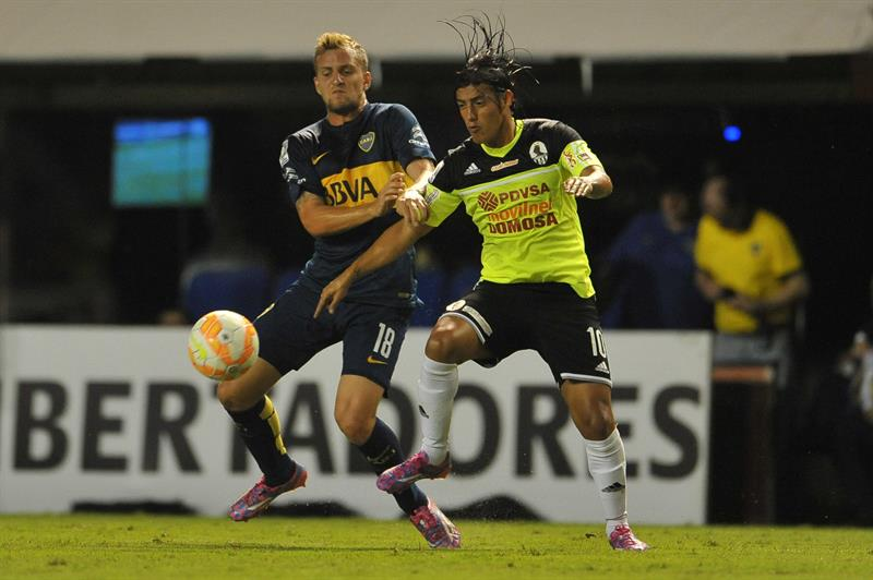 Boca apabulló al Zamora en La Bombonera y puso un pie en octavos de final. Foto: EFE
