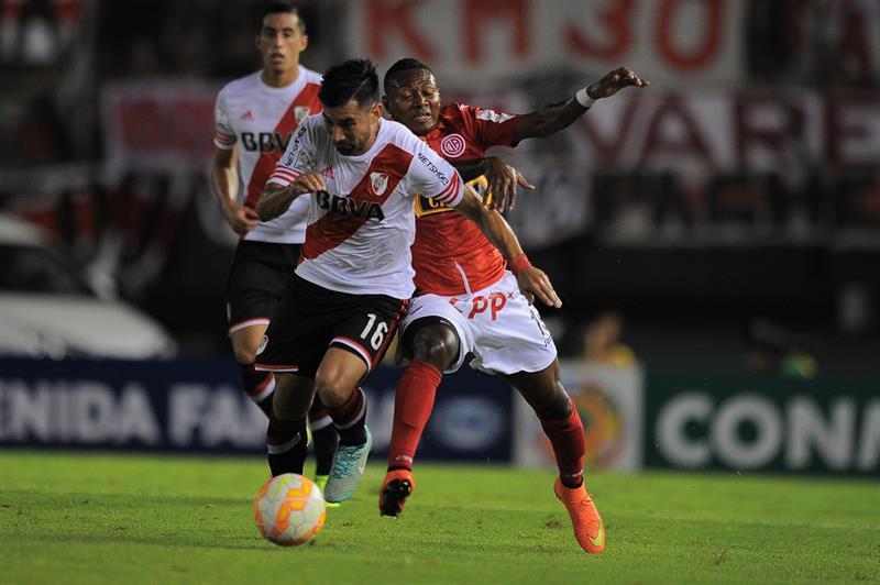 River Plate quedó al borde de la eliminación tras una insólita igualdad con el Juan Aurich. EFE
