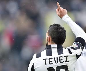 Juventus vence al Génova con un gol de Carlos Tévez