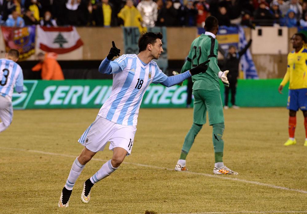El argentino Javier Pastore celebra tras anotar en amistoso ante Ecuador y Argentina en el MetLife de East Rutherford, Nueva Jersey (EE.UU.). Foto: EFE