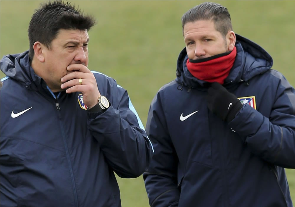 Los argentinos Germán 'El Mono' Burgos y Diego 'Cholo' Simeone, (Atlético de Madrid). Foto: EFE