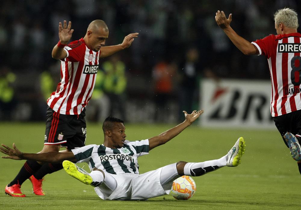 Por el grupo 7 de la Libertadores, Estudiantes busca asegurar su clasificación ante Atlético Nacional. Foto: EFE