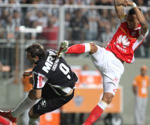 Mineiro le enredó la Libertadores a Santa Fe