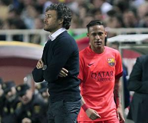 Neymar y su feo gesto contra Luis Enrique