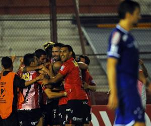 Huracán vence a Cruzeiro y logra su primer triunfo en el grupo